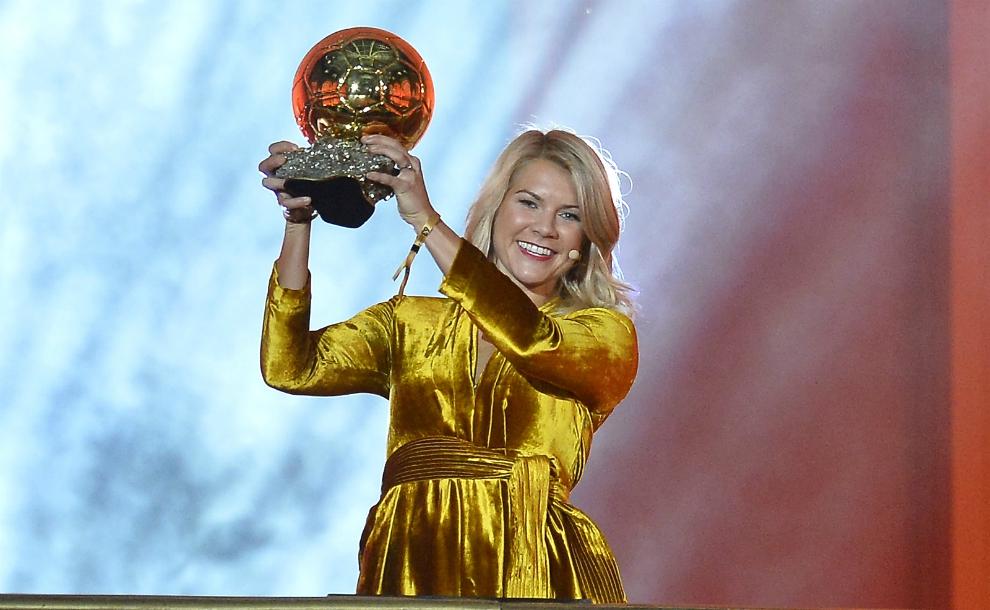 Pallone d'Oro a Ada Hegberg