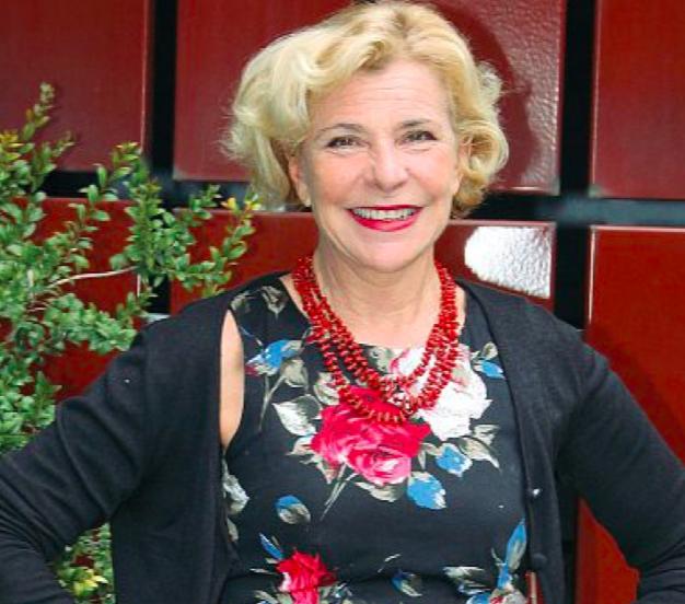 Attrice Pamela Villoresi , nata a Prato, 62 anni, è la nuova direttrice del Teatro Stabile Biondo di Palermo dall'8 aprile